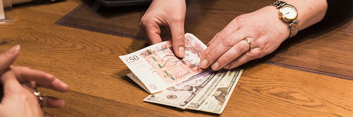 Buitenlands geld wisselen bij Reclaimed